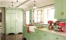 Añádele color a tu cocina con estas originales ideas