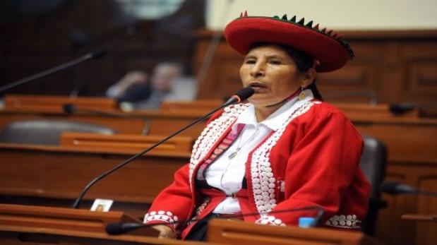 Racismo en Twitter: Congresista Hilaria Supa es la víctima