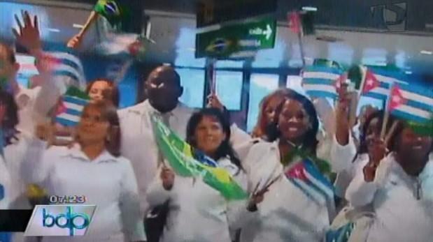 Critican convenio para que médicos cubanos trabajen en el Minsa
