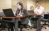 Conoce los factores de éxito según empresas y jóvenes