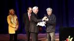 Juan Bonilla ganó la Bienal de Novela Mario Vargas Llosa - Noticias de vladimir maiakovski