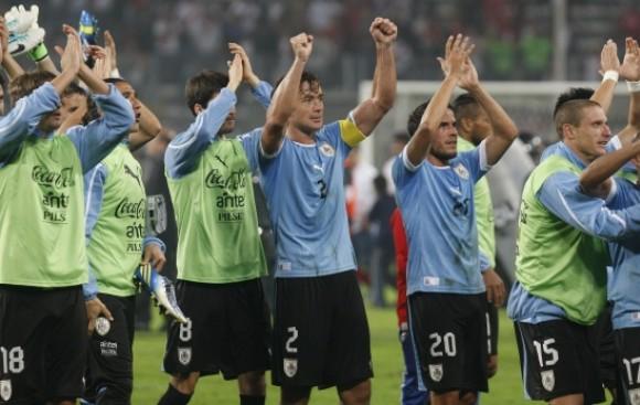Uruguay teme quedar fuera del Mundial Brasil 2014