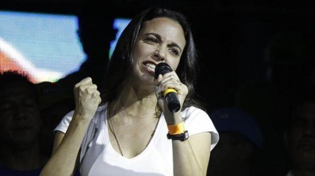"""María Corina Machado: """"Yo soy diputada y seguiré siéndolo"""""""