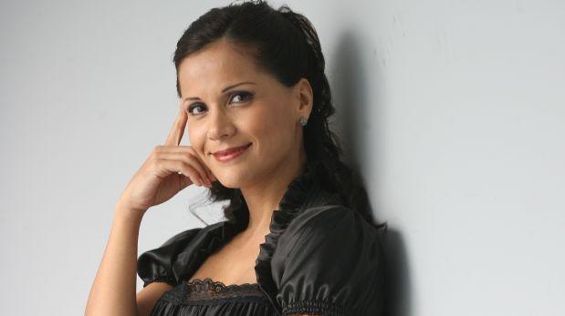 Mónica Sánchez grabó esta canción con Los Brothers de Bolivia