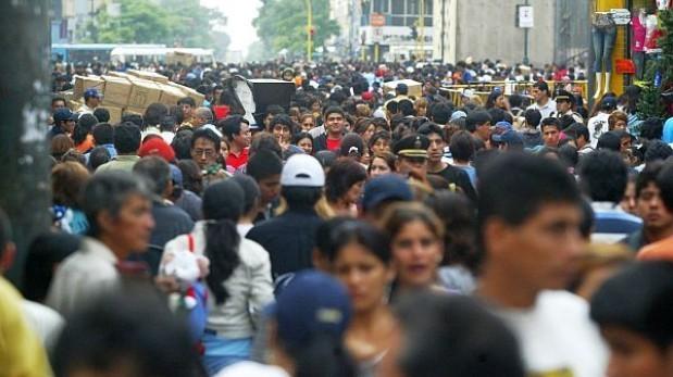 CCL: clase media disminuyó en siete regiones del país