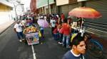 Ambulantes toman el centro ante falta de fiscalización - Noticias de fernando gonzalez olaechea