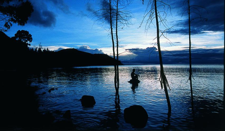 Tranquilidad Para Los Comerciantes: La Isla De Suasi, El último Refugio De Paz