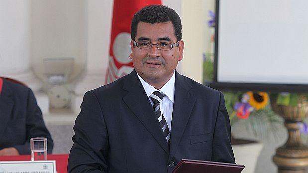 Congreso desencarpetó informe que limpia a César Álvarez