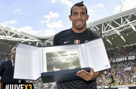 Así levantó Juventus la copa de su tricampeonato en la Serie A