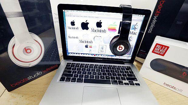Qué gana Apple con la compra del fabricante de audífonos Beats