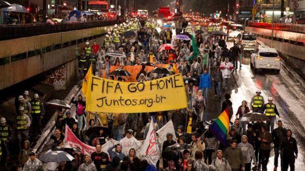 """Los Sin Techo: """"Radicalizaremos las protestas en el Mundial"""""""