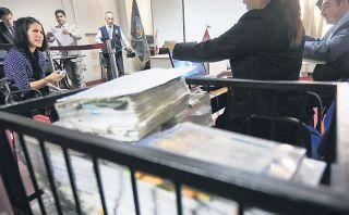 Fiscalía pide incluir audios que perjudicarían a Eva Bracamonte