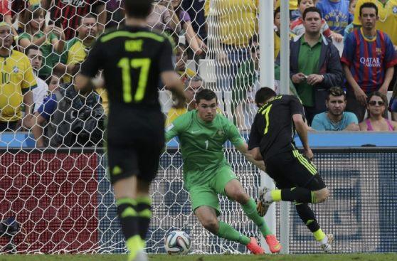Así fue el golazo de taco de David Villa ante Australia