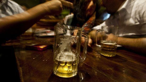 Tres de cada diez bebidas alcohólicas es de producción informal
