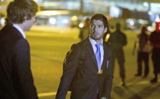 Suárez y la oferta para jugar en los cuatros meses de sanción