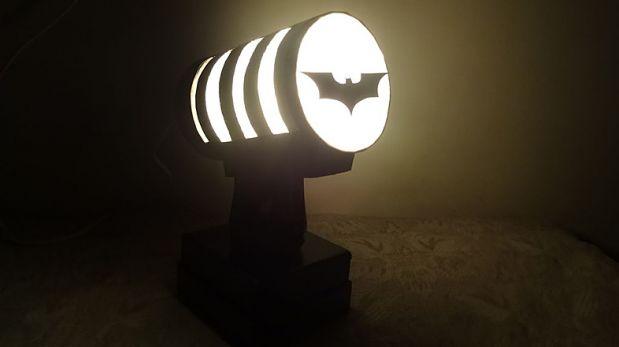 DIY: Crea una divertida lámpara de Batman para tus pequeños ...