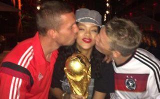 Rihanna celebró con el plantel alemán el tetracampeonato