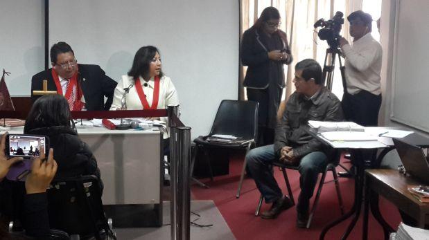 Marco Bracamonte, padre de Ariel y Eva Bracamonte Fefer, también fue interrogado hoy. (Foto: Fernando González-Olaechea / EL COMERCIO)