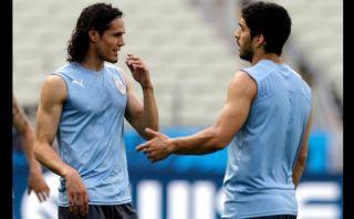 """Cavani sobre Suárez: """"Ningún futbolista merece ser tratado así"""""""