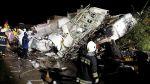Mueren al menos 40 personas al estrellarse avión en Taiwán - Noticias de accidente en chincha