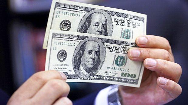 Dólar alcanzaría cotización de S/.3,35 al cierre del año