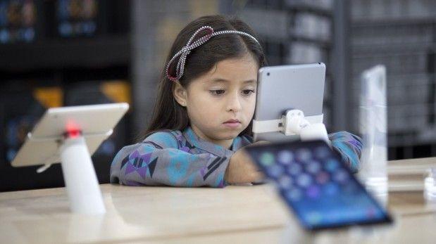 ¿Cómo elegir el teléfono celular adecuado para mi hijo?
