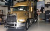 Volvo formará a peruanas para que trabajen como camioneras