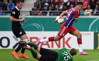 Claudio Pizarro anotó este gol en la victoria del Bayern Múnich