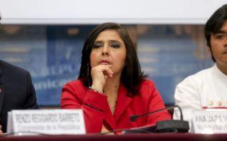 Ex primeros ministros respaldan investidura de Ana Jara