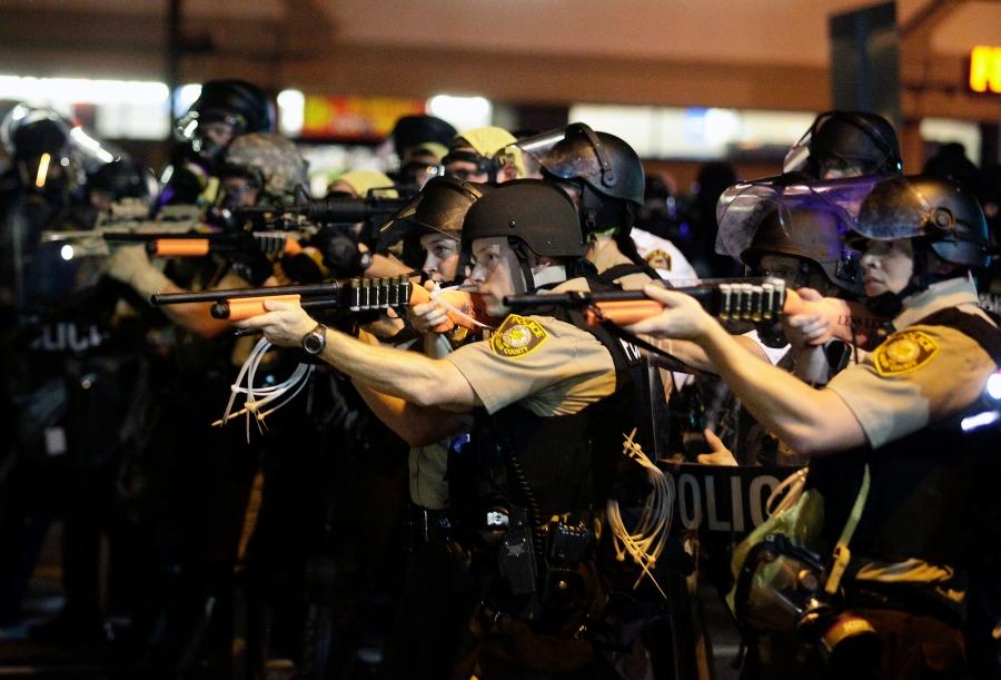 Missouri sigue protestando: 2 heridos de bala y 31 detenidos