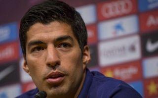 Luis Suárez pagará de su bolsillo multa que le aplicó la FIFA