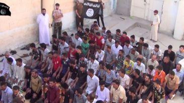 Estado Islámico muestra conversión de yazidíes al islam [VIDEO]