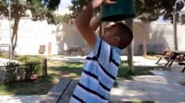 Palestinos usan Ice Bucket Challenge contra ocupación israelí
