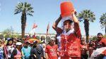 Ice Bucket Challenge: candidato se mojó en plaza de Arequipa - Noticias de armas mortales