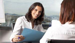 """""""Por qué no desechar un CV pese a un error"""", por Lucy Kellaway"""
