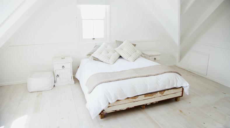 Cuarto siempre ordenado conoce la cama que se tiende - Cama que se hace sola ...