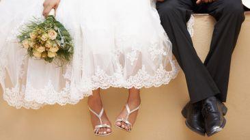 Pareja contrae matrimonio 66 veces según el país que visita