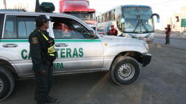 Policías camuflados como pasajeros frustraron asalto en bus