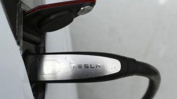 China instalará 400 puestos de carga para autos eléctricos