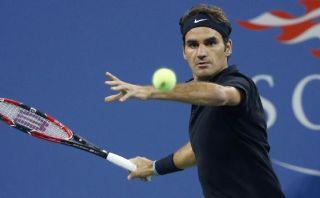 Federer avanza en el US Open pero no brilla
