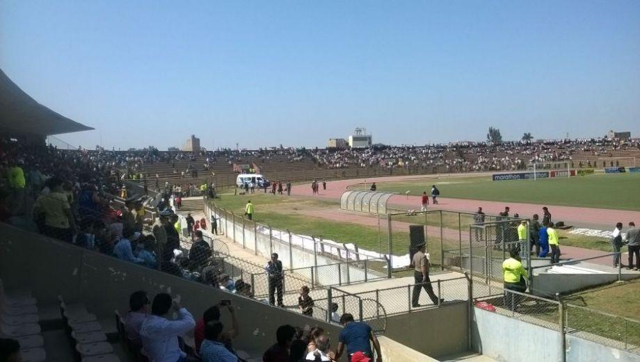 Así luce el estadio Elías Aguirre a una hora del Aurich-'U'