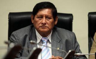 Bancada de Amado Romero le pedirá deslinde público con Sendero