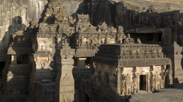 Conoce el templo Kailash, una joya de la arquitectura india