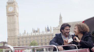 Recorre los mejores lugares de Londres en este divertido video