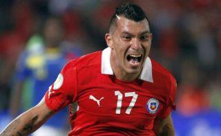 "Jugadores de Chile molestos porque usarán camisetas ""réplica"""
