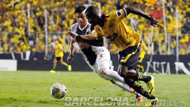 Barcelona de Ecuador ganó 1-0 a Libertad por Copa Sudamericana