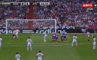 La espectacular atajada de Moyá en tiro libre de Gareth Bale