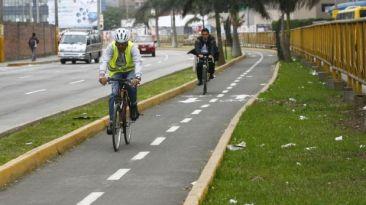 Votar en bicicleta, por Herbert Holguín
