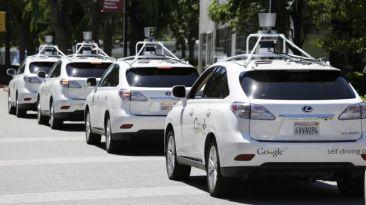 California regula el uso de autos sin conductor