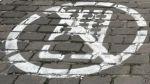 En China hay una vía exclusiva para los adictos al smartphone - Noticias de accidente en chincha